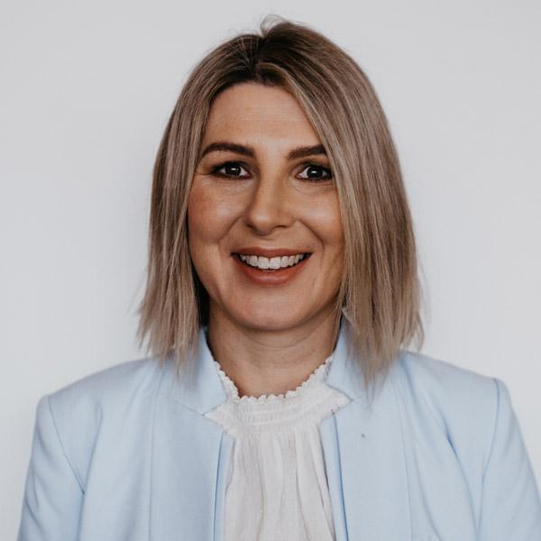 Dr Sarah Glastras